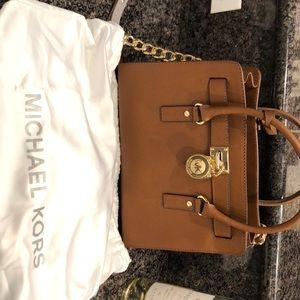 Michael Kors Hamilton East Satchel Bag (Small)